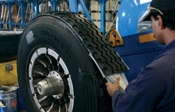Tire Recappers - How Long Do Retread Tires Last